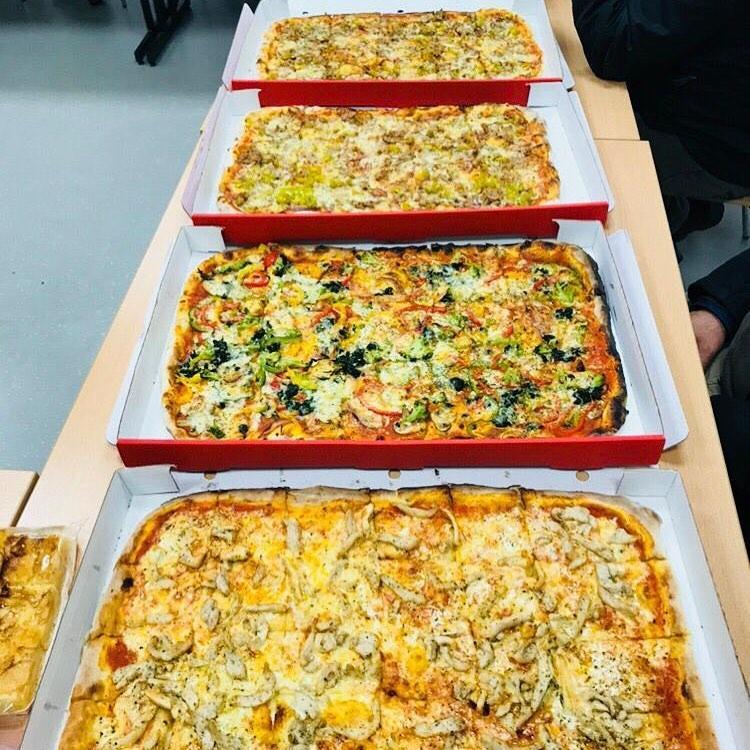 Pizzeria Backstein: Restaurant, Lieferservice und Catering